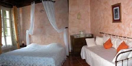 La Vigneronne Cinsault Bedroom