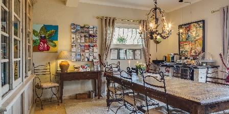 Villa Cedria Dining room