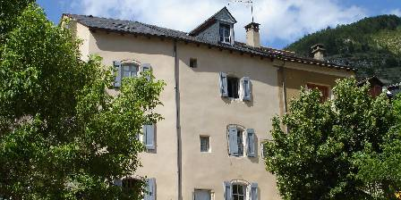 Villa le Vignot Maison de village face au Tarn
