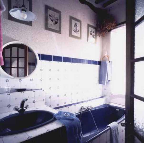 Chambres d 39 hotes vaucluse maison aux volets bleus for Chambre d hotes vaucluse